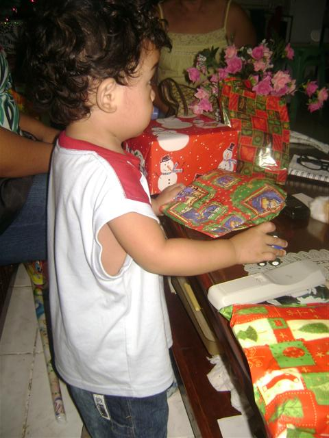 Aki and his gifts