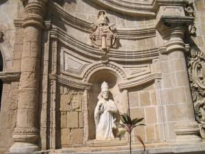 Pope's Statue