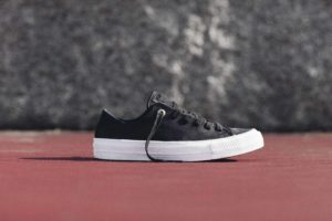 Chuck Taylor All Star II Craft Leather Ox in black