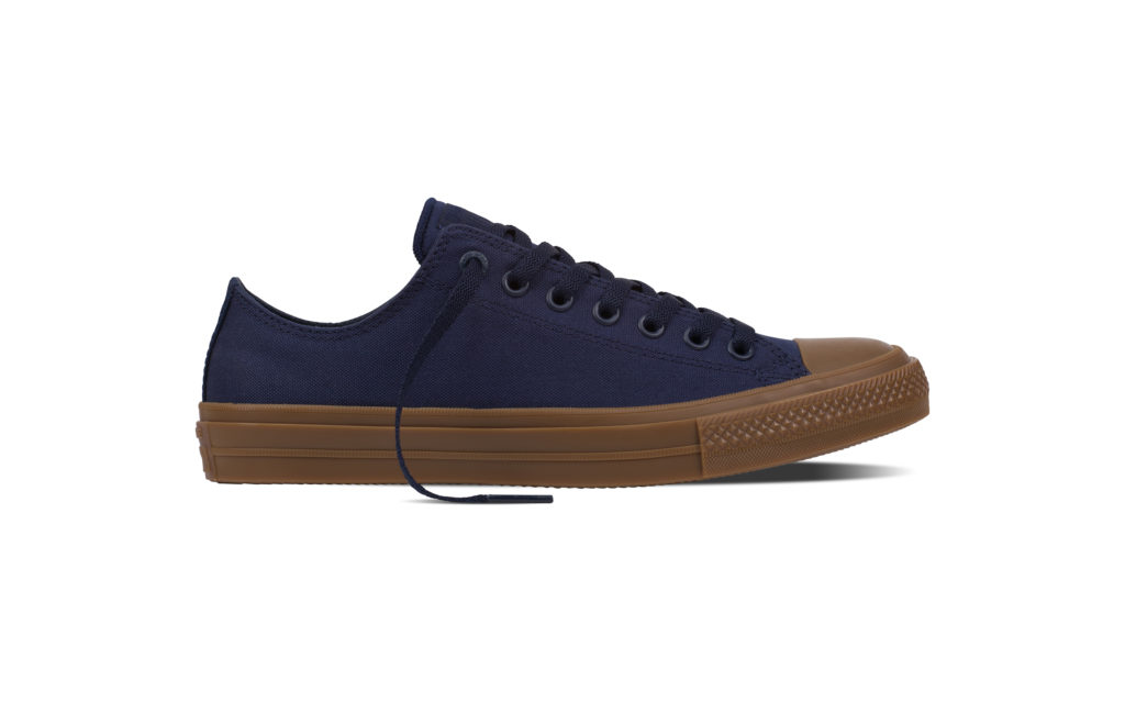 Chuck Taylor All Star II Gumsole Ox in obsidian