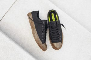 Converse Chuck Taylor All Star II Gumsole Ox in black